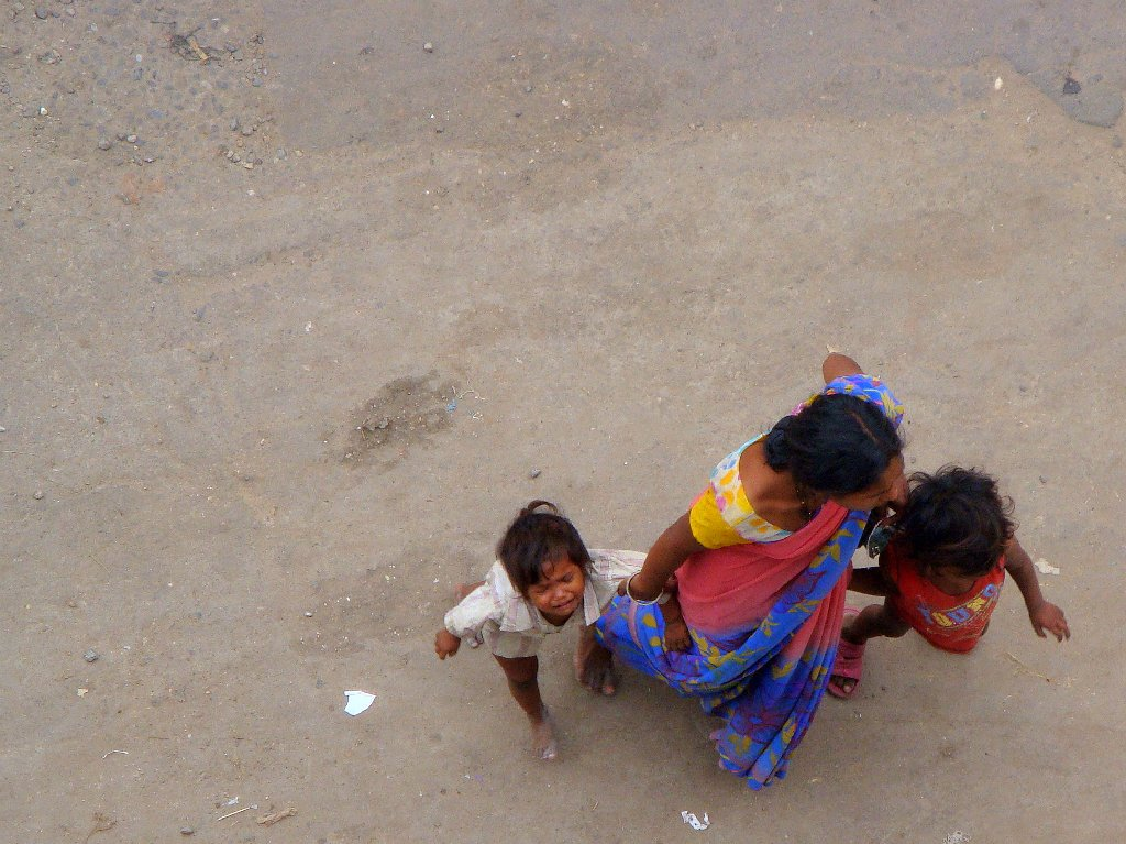 On Pavement Dwellers in Mumbai