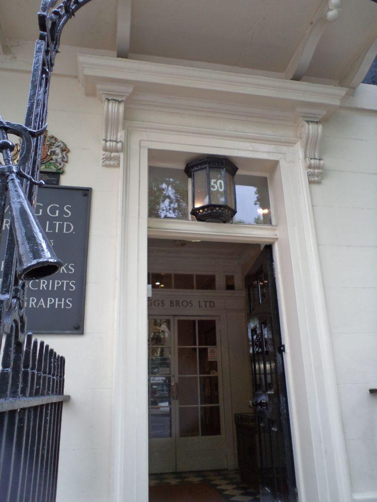 50 Berkeley Square, Haunted London
