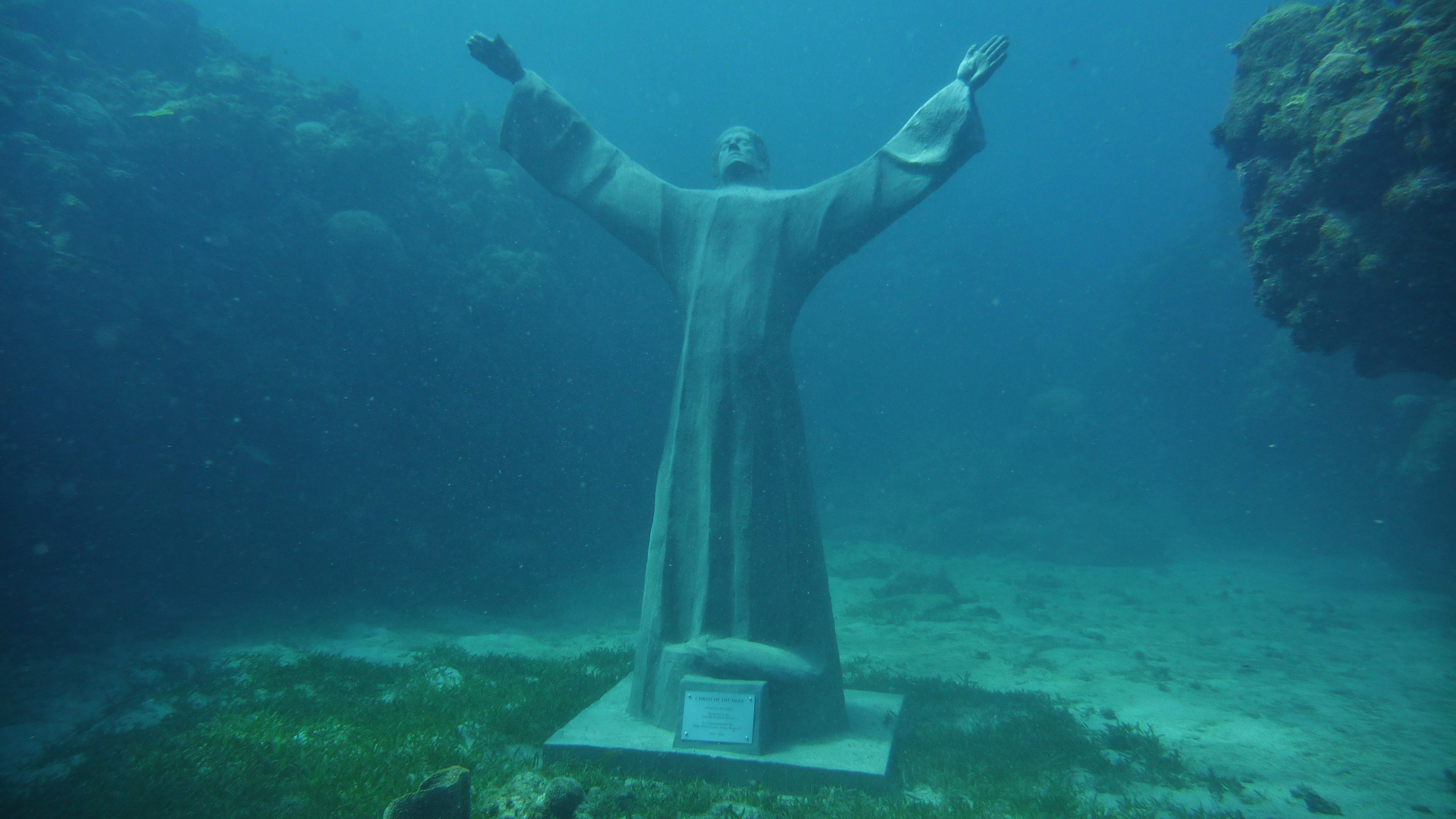 "New ""Christ of the Deep"" in Grenada's Underwater Sculpture Park"