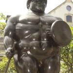 Botero Sculpture, Botero trojan, Medellin Colombia,Botero Plaza Medellin,Medellin Colombia, the trojan