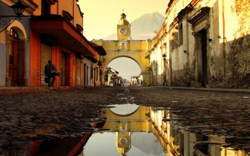 antigua-guatemala-arco-santa-catalina