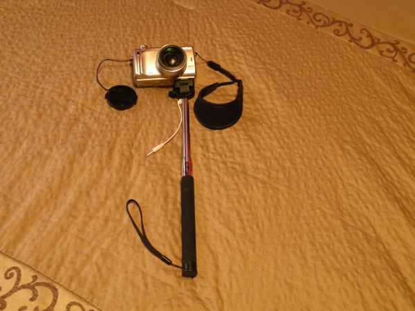 The E-EZY Selfie Stick/Monopod, a review