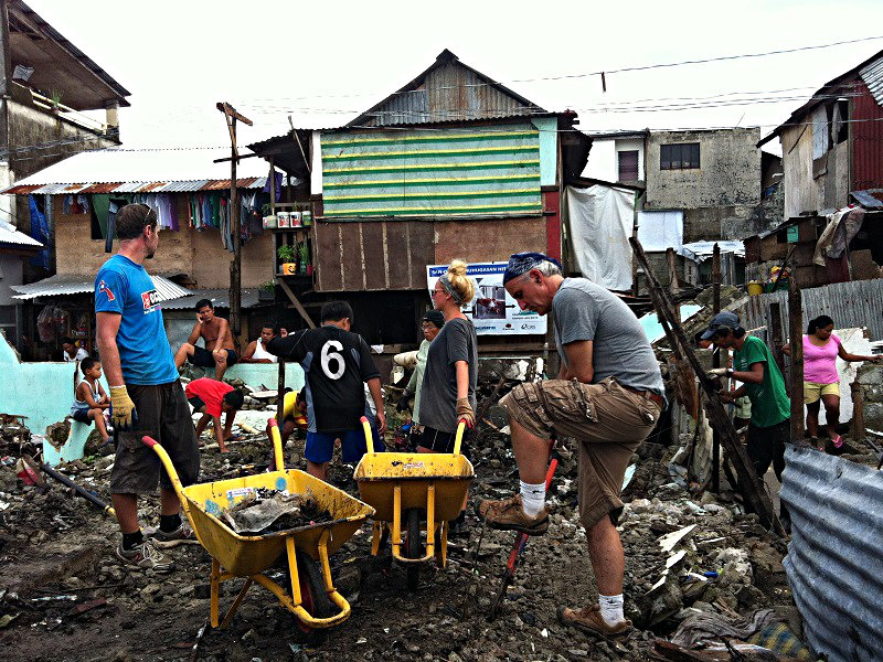 Volunteering in Leyte