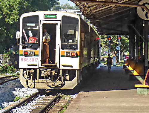 Ride the Circle Train, Myanmar