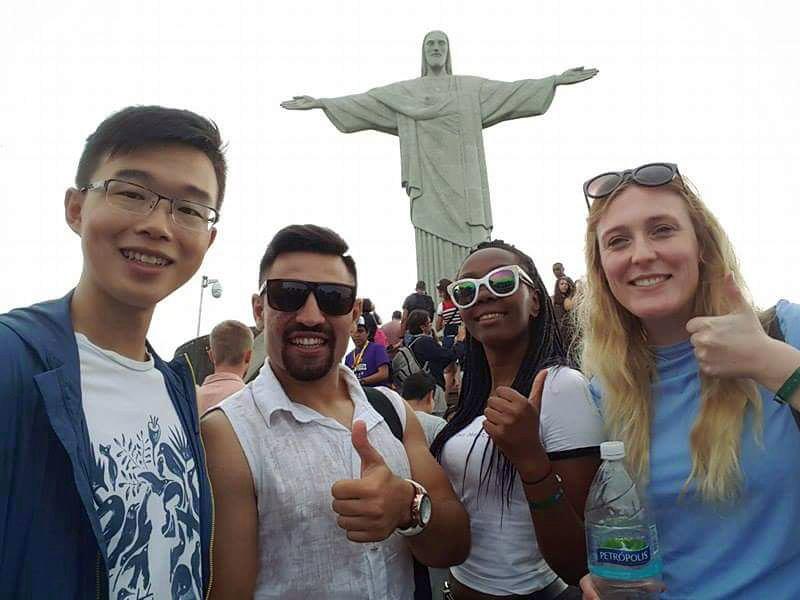 Eilidh and friends beneath the Christ Redeemer Statue