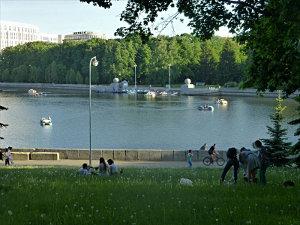 gorky park lake, minsk belarus