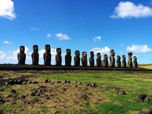 Tonariki, Moai Statues