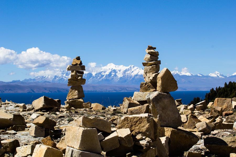Islas y Huacas, Lago de Titicaca