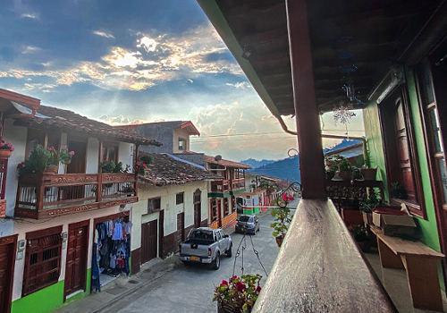 Jardín, Colombia – Wandering a Pastel Pueblo